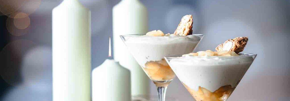 Ich kann einfach nicht anders und muss noch ein Dessert posten. Das schnell gemachte Birnen-Amaretto Dessert mit weißer Schokolade kann nun wirklich nicht bis zum neuen Jahr warten. Das wäre einfach viel zu schade. Also, wer will noch mal, wer hat noch nicht? Puh, fast vergessen, die Mousse zergeht köstlich auf der Zunge.